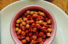 #vegan #Recipe: Curried chickpea snack.