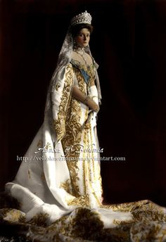 The last Empress of Russia, Tsarina Alexandra Fyodorovna Romanova, nee Princess Alix of Hesse and by Rhine (1872-1918), consort of Nicholas II., seen here in full court dress, year 1906.