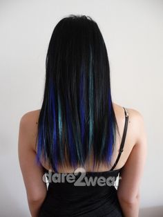 blue and turquoise streaks
