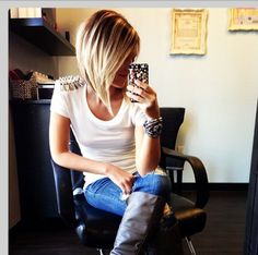 Awesome angled bob.  Love when I'm ready for short hair again I'm doing this.