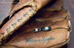 Totally the theme of the wedding I want. I'm huge baseball fan!