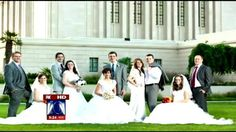 The Cultural Hall: Articles of News 8.13.12 follow-up: 5 couples in same family marry on same day (FOX 10 News - Phoenix, AZ | KSAZ-TV) No, it's not a weird dress-up family photo. No, it's not a fancy photoshoped pic. Five Waldie siblings all had their weddings on the same day.