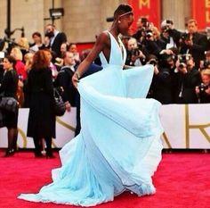 ♥ They are calling her dress Nairobi Blue ~ Lupita