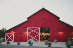 TOP 10 Barn STYLE WEDDINGS FROM 2013 - Rustic Wedding Chic