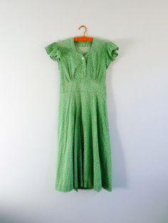 1940s Floral Print Dress Green Rosebud Summer Cotton by MetricMod