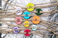DIY: 20 Accessories With Old Buttons - This is great to do with a group of kiddos.