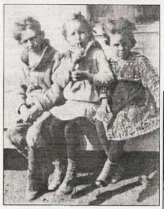 The Parker children: Buster, Bonnie, and Billie