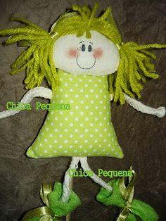 Chica Pequena: Bonecas de pano