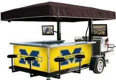 Michigan bar tailgate trailer A-maize-ing #ultimatetailgate #fanatics
