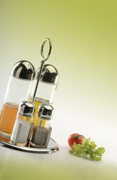 The elegance to have a set precise with oil and vinegar on the table by #abert