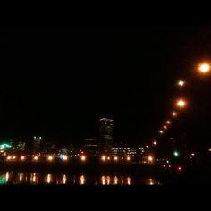 Cyntia Ruiz     @CyntiaRuiz: I love my city. #Portland #Oregon #SteelBridge #Downtown instagr.am/p/HGUyP2DokQ/