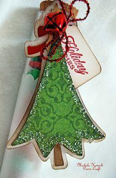 Cute scrap book paper Christmas tree tags.