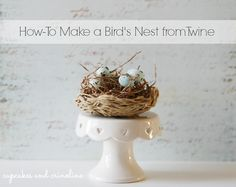 Simple instructions for crafting a faux bird's nest.