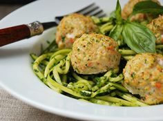 chicken veggie meatballs with pesto zucchini noodles (and spinach pesto recipe)