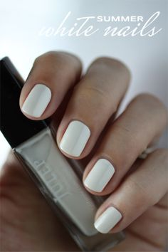 summer manicure white nails