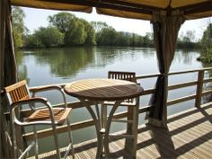 What could be better on a romantic getaway than waking up and having breakfast beside a lake in The Lakeside Yurt?