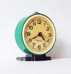 vintag advantag, alarm clocks, vintage, tick tock