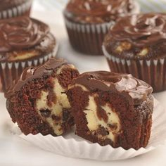Chocolate Cheesecake Cupcakes***