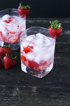 Strawberries & Cream Cocktail Crisp, sweet, and full of berries & cream flavor. Serves: 1  ingredients 2 oz strawberry vodka  1½ oz whipped vodka  2 strawberries, thinly sliced (plus extra for garnish)  Soda water