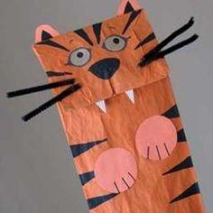 Títere de tigre con bolsa de papel