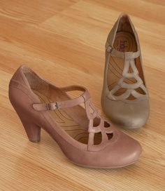Pretty, comfortable shoe.  Vintage inspired