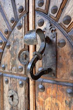 stately door handle