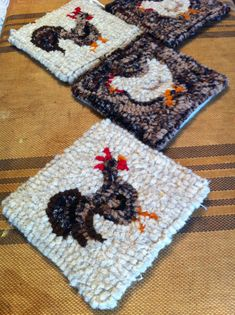 4 wool hooked hen and rooster coasters