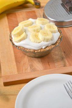 OMFGYG: Raw Vegan Banana Coconut Cream Mini Pies!