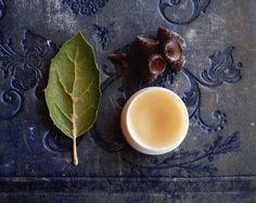Q for the Oak Natural Perfume Honey Pot by IlluminatedPerfume