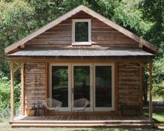 A Tobacco Curing Barn Turned Writing Studio