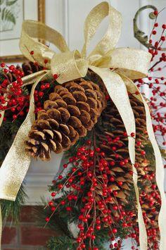 . berri, pine cone, holiday decorating, christma, simpl holiday