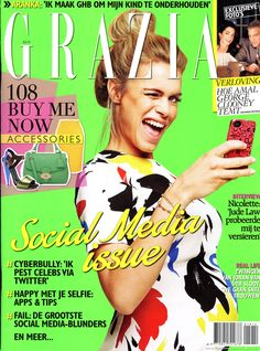 "Photographed with my telephone camera for Grazia's ""Social Media Issue"" #awesome For Grazia Models : Ellis & Natascha from Fresh Model Management Styling by Katelijne Verbruggen Make-up & Hair by Jennifer Mackintosh www.dennisveldman.nl"