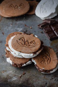 Chocolate Jack-O-Lantern Graham S'mores with Homemade Marshmallows