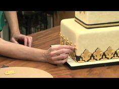 Fleur de lis Cake Video - Dominic Palazzolo & Sharon Zambito - Silicone Molds, Gumpaste Flowers