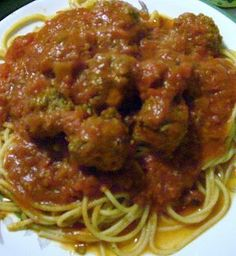 Maven aka The Kitchen Witch has this fabulous spaghetti and meatball recipe.  I like to put it in the crock pot so I come home to the fabulous aroma!