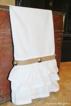 Cute as a Button Flour Sack Towels Tutorial | sophisticatedyellow.comsophisticatedyellow.com