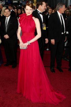 I prefer emma blond but I love this dress!