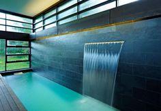 Eye candy de mooiste zwembaden on pinterest swimming pools tuin and pools - Outdoor decoratie zwembad ...