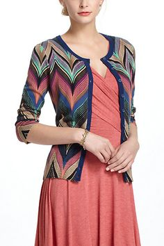 Seared Chevrons Cardigan - Anthropologie >> I really like how the basic chevrons are curved like marbled paper. How to reproduce this??
