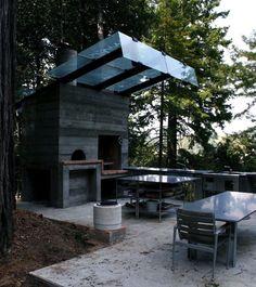 Olle Lundberg cabin Sonoma pizza oven