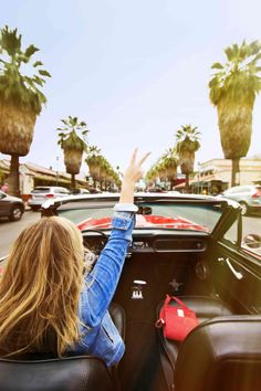 Peace out, #PalmSprings. From, Hillary Kerr! #DreamingInBlue