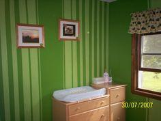 John Deere tractor bedroom, paint idea for Devin's new room!
