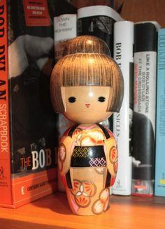 vintage kokeshi, lovely dress!