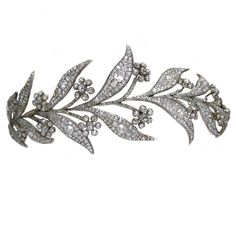 The famous crown jewellers Bentley & Skinner, own the 45-carat diamond piece dating from the 1820s. Now known as the Myrtle Tiara after its leaf motif, it was a gift from the Sassoon family to HRH Princess Louise, the Princess Royal, eldest daughter of King Edward VII, on her marriage to the 6th Earl Fife in 1889. Used as wedding tiara on Downton Abbey