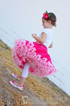 Full and Fluffy Pettiskirt   Make It and Love It - DIY - tutorial