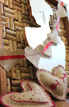 holiday, valentine day crafts, burlap heart, crafti, valentin craft, heart bunt, diy valentine's day, valentin garland, burlap valentin