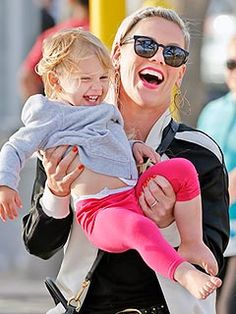 Pink and her daughter Willow Sage
