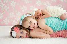 Cute picture idea for 3 sisters