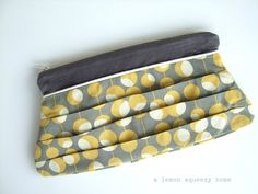 pleated zipper pouch