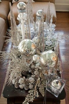 Coffee table centerpiece